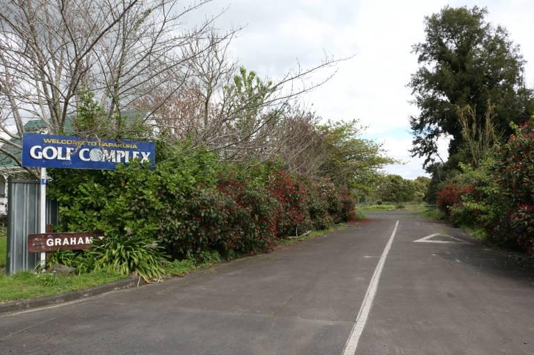 golfdriveway